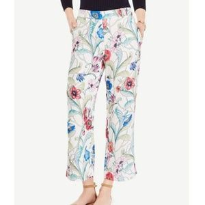 ANN TAYLOR Wide Leg Crop Pant in Jungle Floral